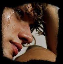 """ado qui pleurt """" Comment réagir face au chagrin d'amour de son ado"""""""